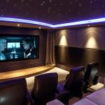 La mejor acústica del ambiente para tu cine en casa.